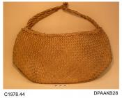 Bag, shopping bag, natural woven straw, straw rope double handle knotted together in the centre, unlined, approximate width 465mm, approximate depth 230mm, c1920-1930s