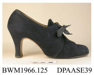 Shoes, pair, women's, navy suede, front laced with two pairs of eyelets and wide ribbon laces over extended tongue, curved side seams, straight centre front and rear seams, vamp trimmed with punched holes threaded through with ribbon, lined taupe kid, i