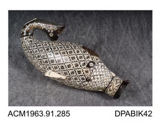 Powder flask, horn in the shape of a fish inlaid with ivory and mother of pearl, made in India